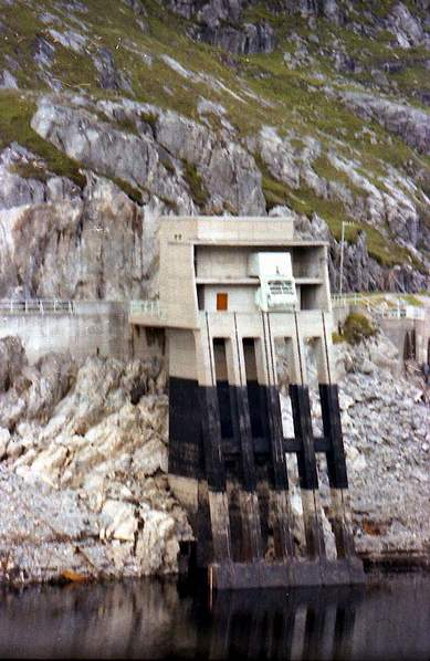 Deanie power station - Monar dam